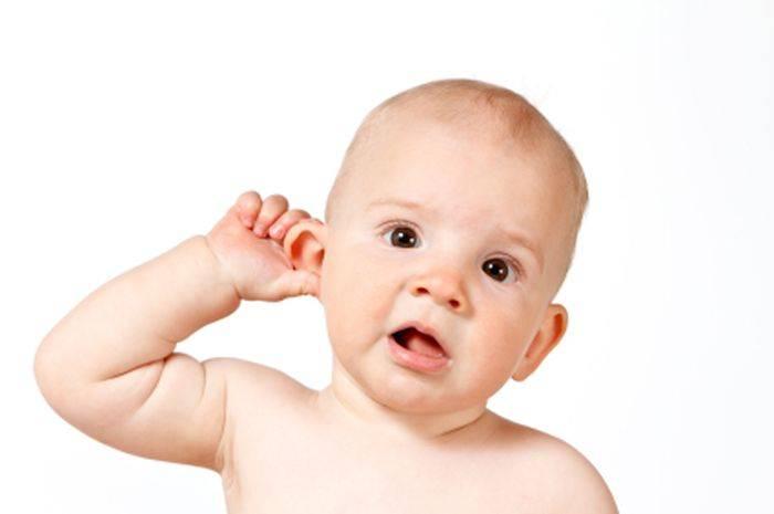 Ребенок теребит ухо: ? популярные вопросы и ответы на них