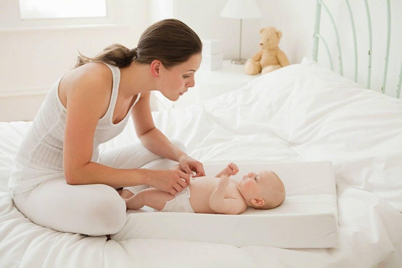 Икота у новорожденного: причины и помощь