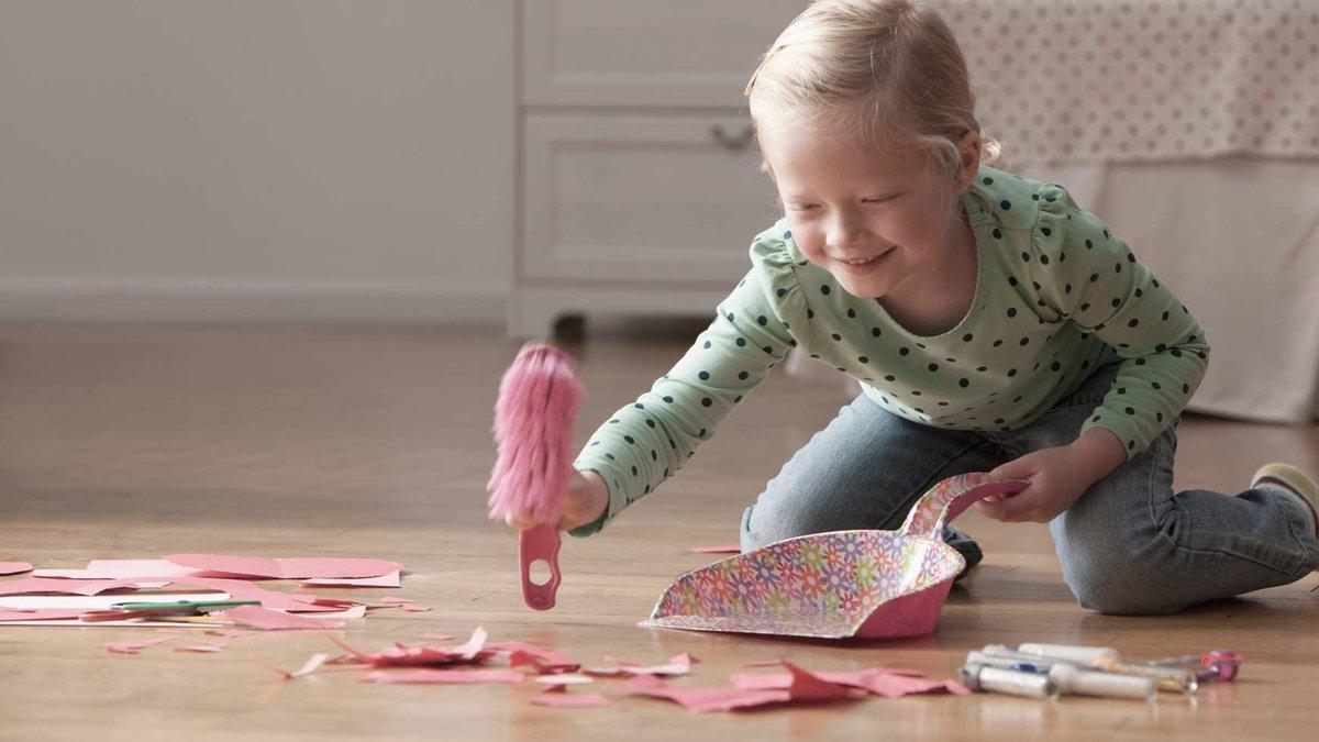 Как научить ребенка убирать за собой игрушки, учим малыша собирать игрушки