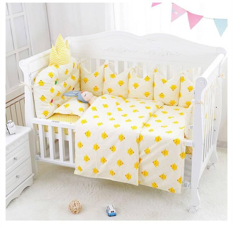 Выбираем постельное белье в кроватку для новорожденного