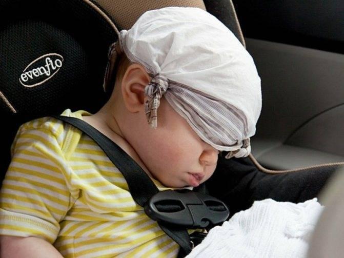 """Ребенка укачивает в машине: причины """"морской болезни"""". что делать?"""