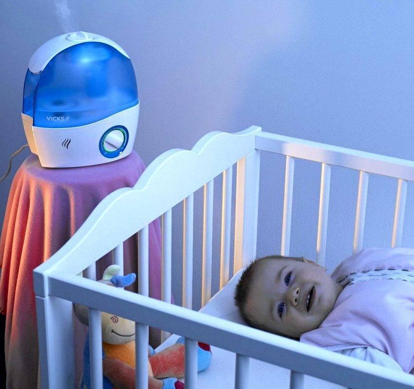 При какой комнатной температуре должен находиться новорожденный. какая оптимальная температура в комнате для новорождённого и как ее поддерживать