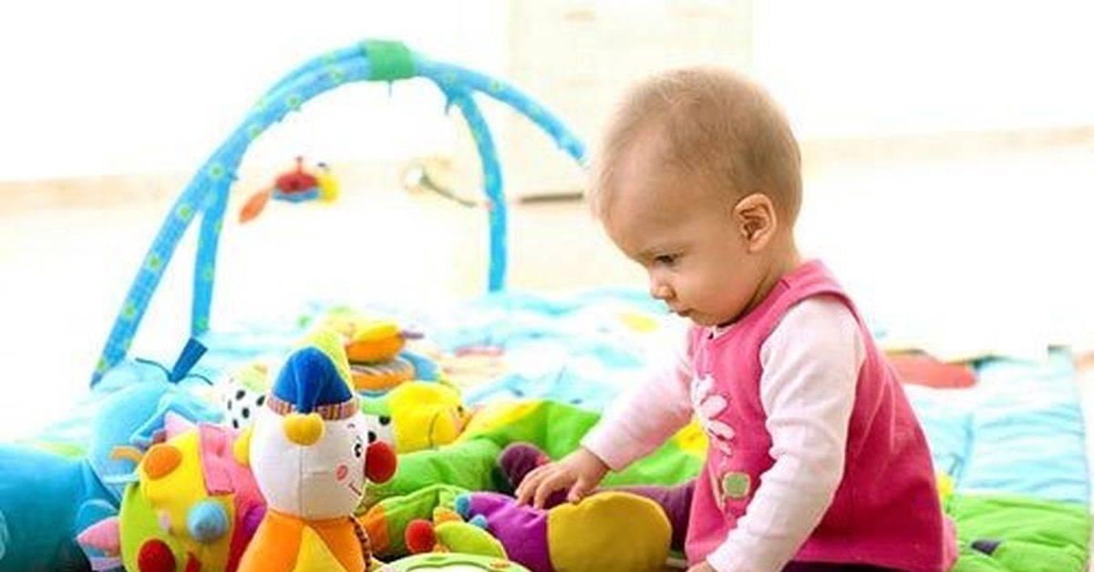 Как развивать ребенка в 9 месяцев. какие игры и игрушки нужны ребенку в 9 месяцев
