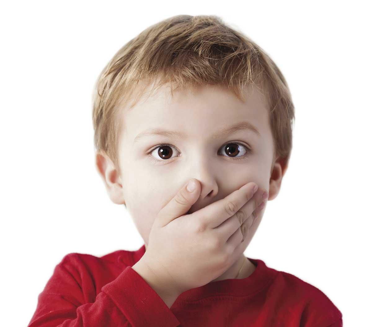 Новорожденный: лечить или пройдет? 7 вопросов неврологу. ребенок вздрагивает, срыгивает, трясутся ручки и ножки - нужно ли лечить?