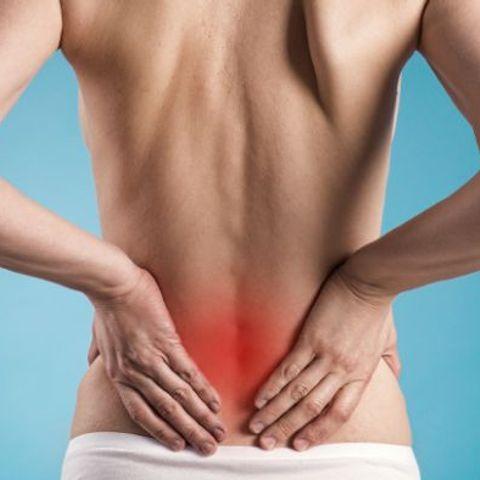 Болят почки перед месячными: причины и подходы к терапии