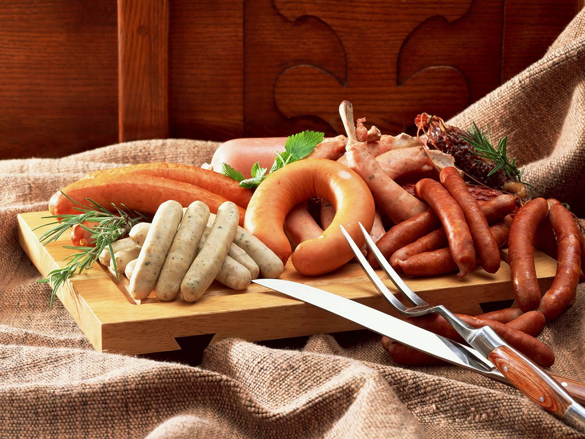 Можно ли кормящей маме копченые продукты: рыбу, колбасу, сыр