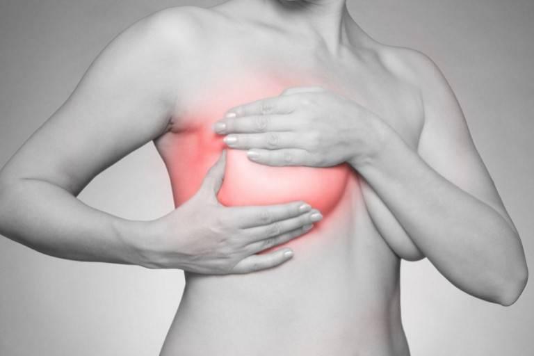 Почему болит грудь задолго до месячных - информация, которая удивляет
