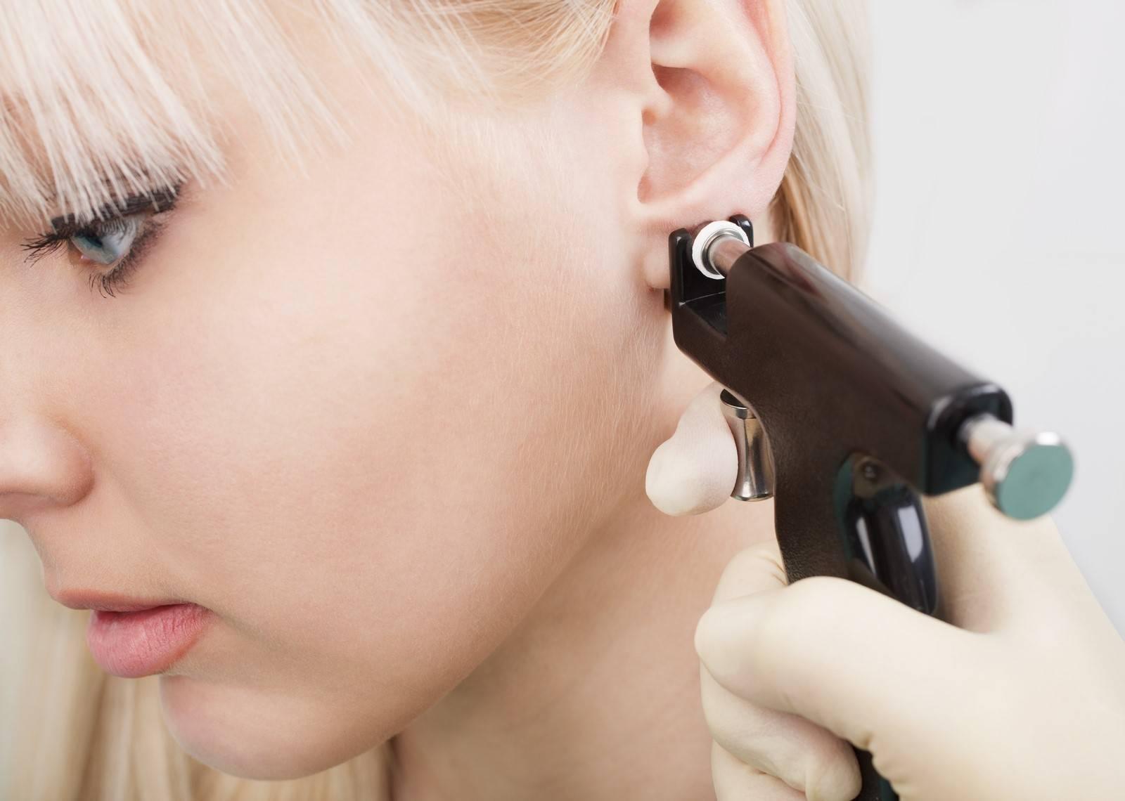Проколотые уши чтобы быстро зажили. как производить обработку ушей после прокола - новая медицина