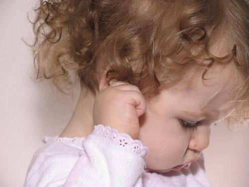 Почему может чесаться чистая кожа головы без вшей? грудной ребенок постоянно чешет уши и голову, трет затылок — почему это происходит.