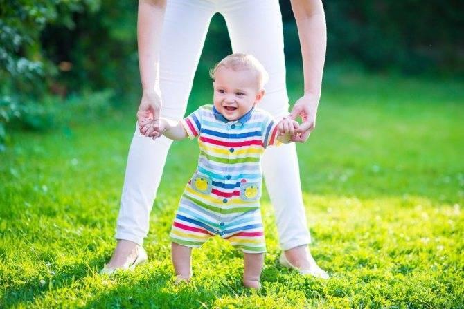 Ребенок 2 года ходит на носочках комаровский