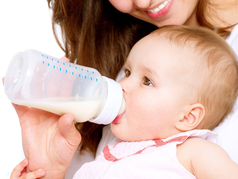 Козье молоко для грудничков: польза, вред, правила