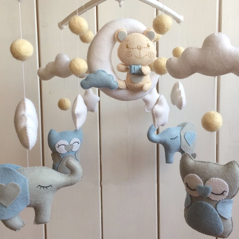 Мобиль на кроватку для новорожденных своими руками. мобиль в кроватку для новорожденных – волшебная игрушка своими руками