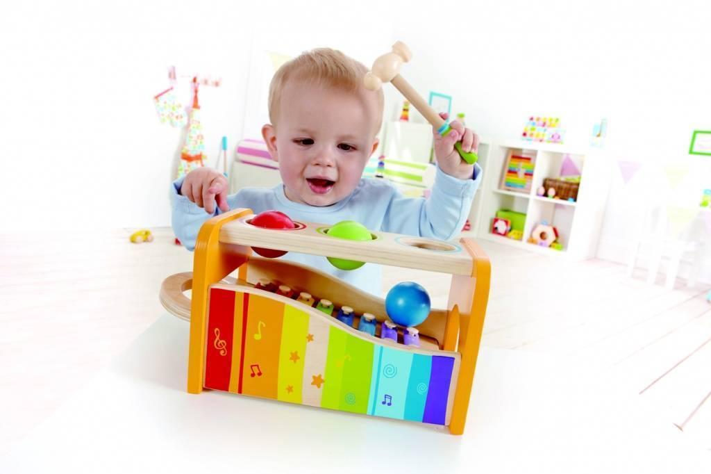 Что подарить ребенку на 1 год? что выбрать детям на день рождения, презент годовалому мальчику