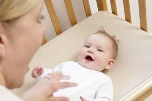Во сколько месяцев дети начинают агукать? - заметки о беременности