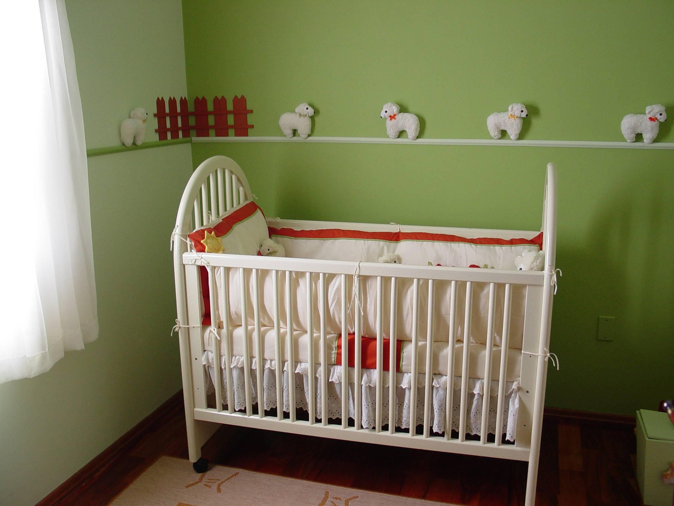 Как покрасить деревянную детскую кровать - советы