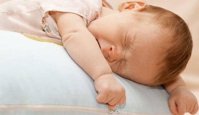Как быстро остановить понос (жидкий стул) у ребенка
