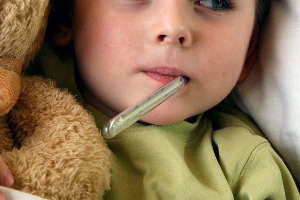 Что делать, если ребенок разбил или раскусил градусник, порезался стеклом и проглотил ртуть?