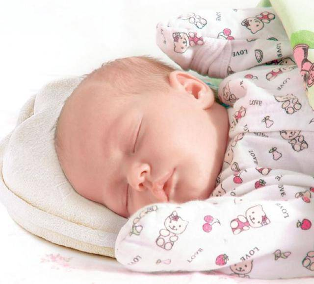 Ребенок спит на животе - можно ли грудничку так спать