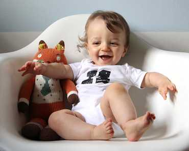 1,5 месяца ребенку: развитие малыша и уход за ним