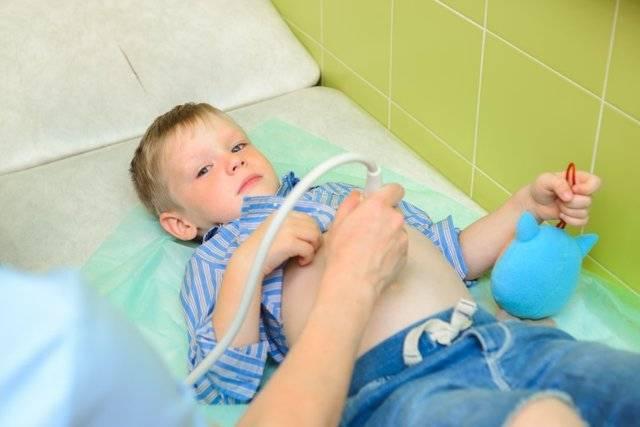 Недержание кала у детей 10 лет: причины и лечение
