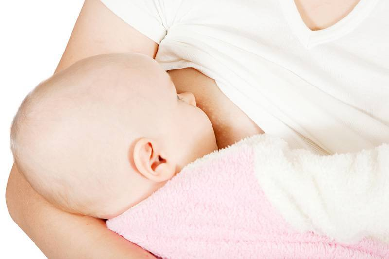 При простуде болит грудь у кормящей мамы