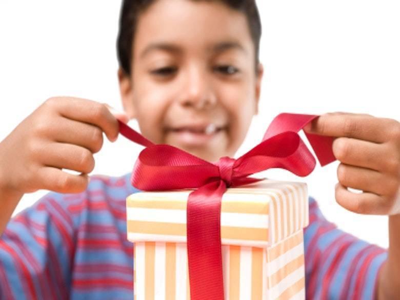 Что подарить ребенку на 6 лет: как выбрать лучший подарок на день рождения