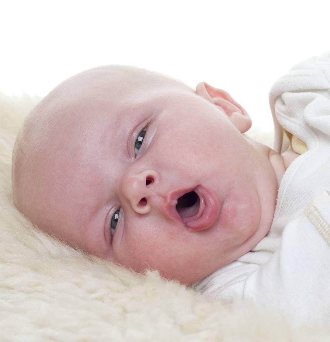 Врожденный стридор гортани у новорожденных, грудничков, детей раннего возраста - молодушка