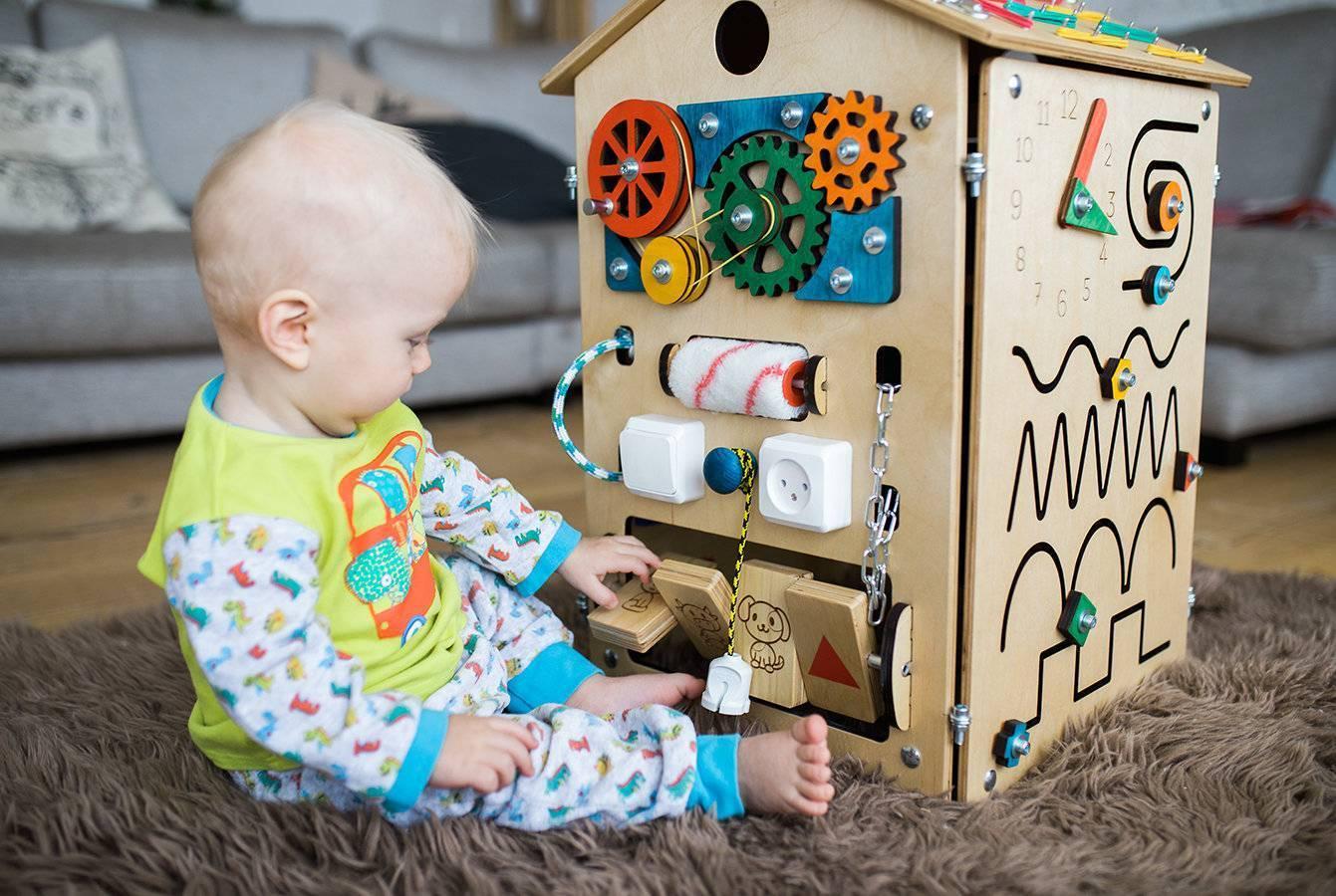Игрушки малышу 6 месяцев