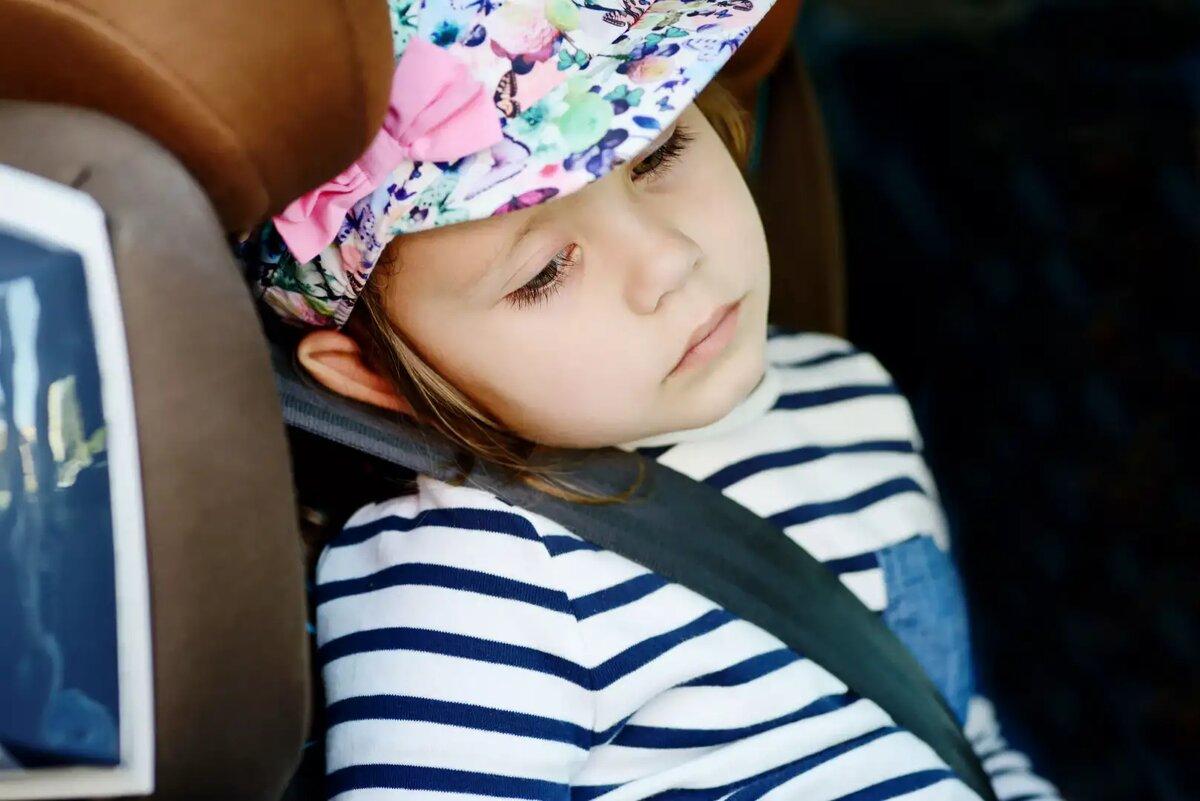 Ребенка укачивает в машине? полезные советы. ребенка укачивает в машине: что делать?