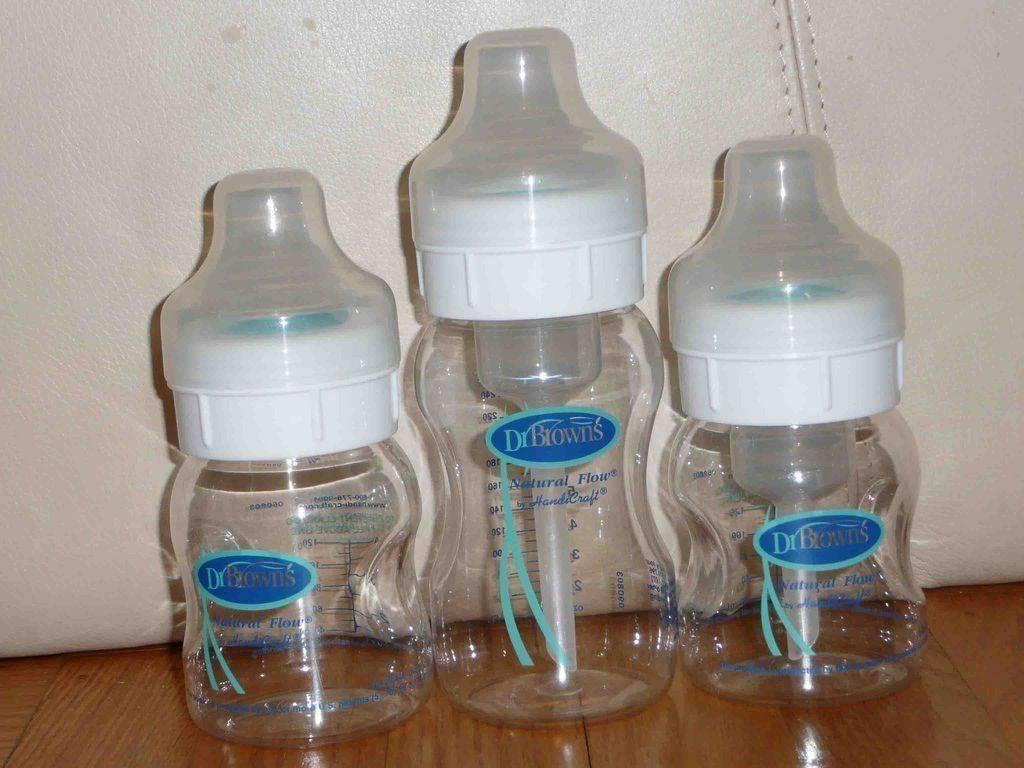 Как выбрать, какая бутылочка для кормления для новорожденного лучше?