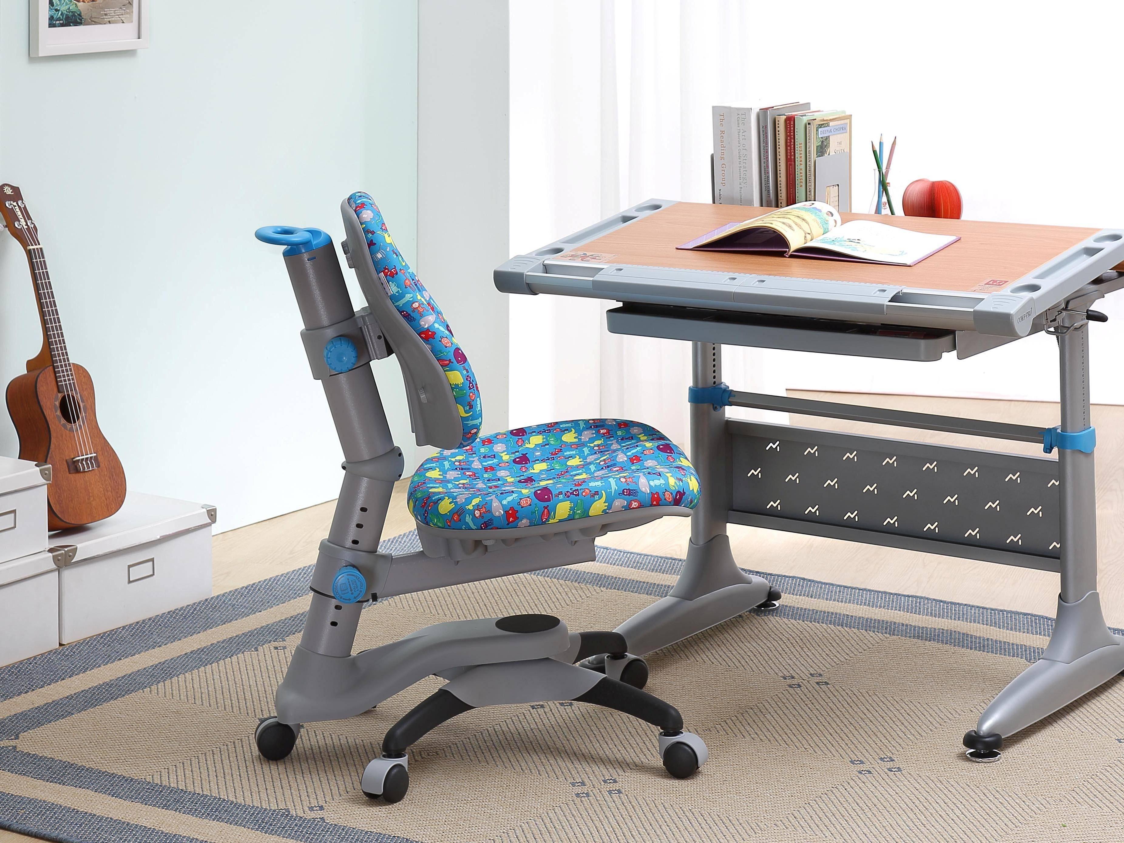 Ортопедический стул для школьника - тест моделей с ортопедом
