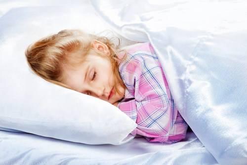 Е. комаровский: ребенок во сне скрипит зубами - причины, почему есть скрежет