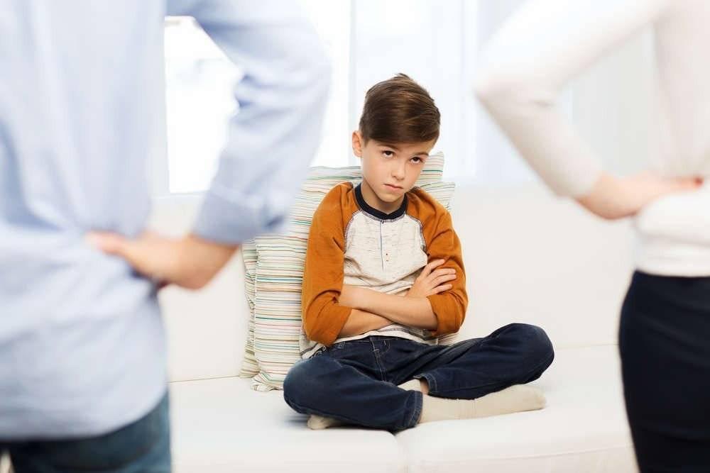 Ошибки воспитания: психология типичных родительских проблем семейного воспитания, как их правильно исправить и воспитывать детей