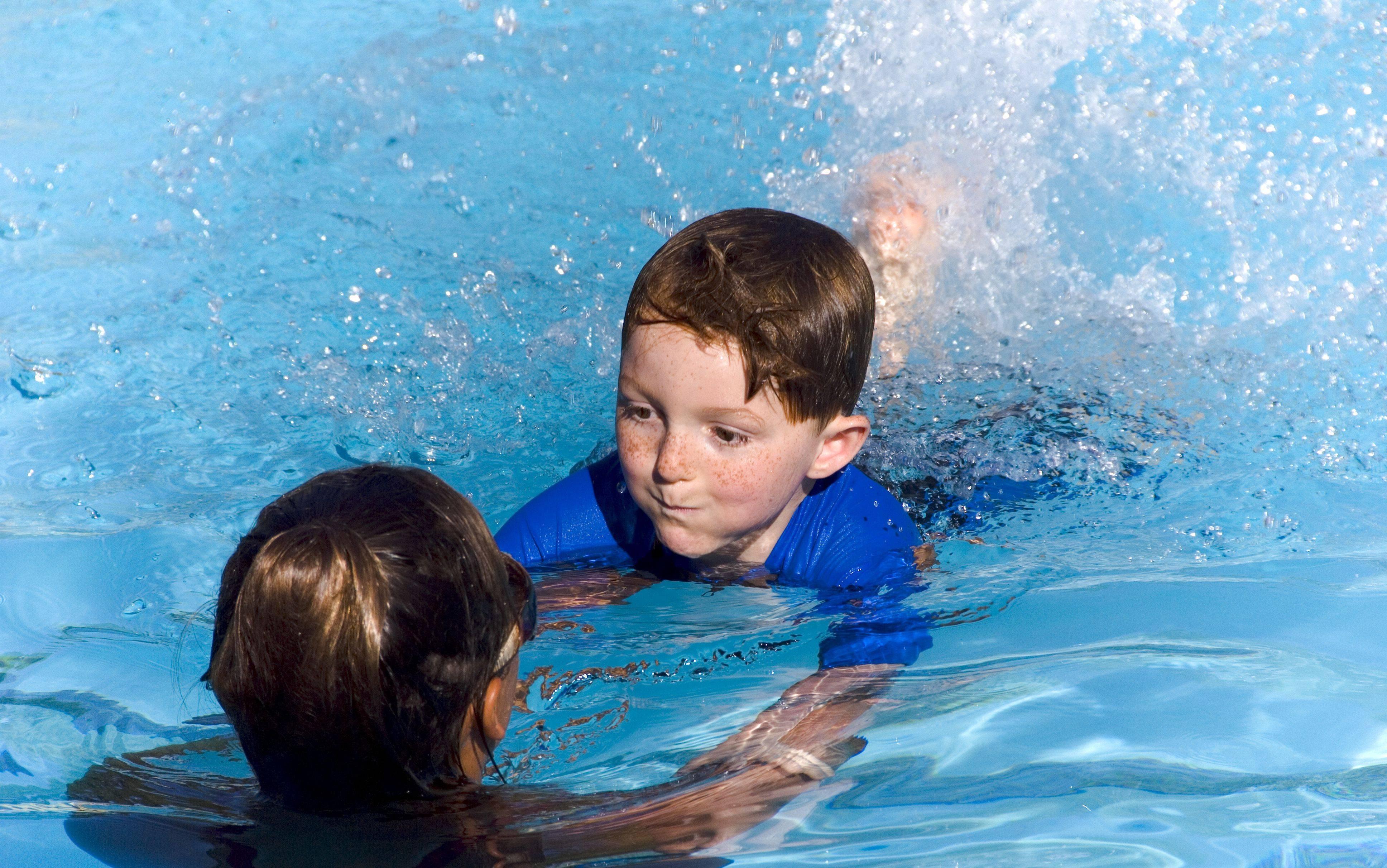 Обучение плаванию детей в минске - школа детского плавания, занятия в бассейне для детей: секции, кружки