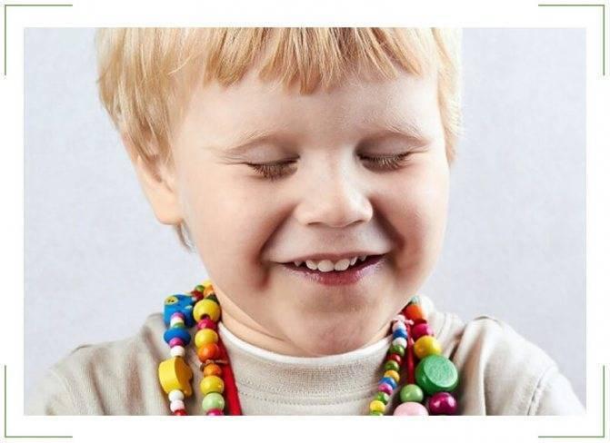 Частое моргание глазами у детей: причины, лечение, симптомы нервного тика (подергивание, зажмуривание), мнение комаровского