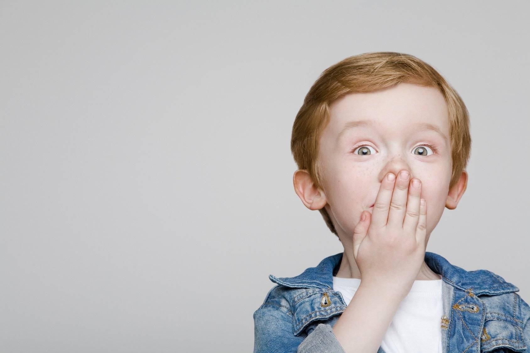 Почему ребенок постоянно держит рот открытым: возможные причины - врач 24/7