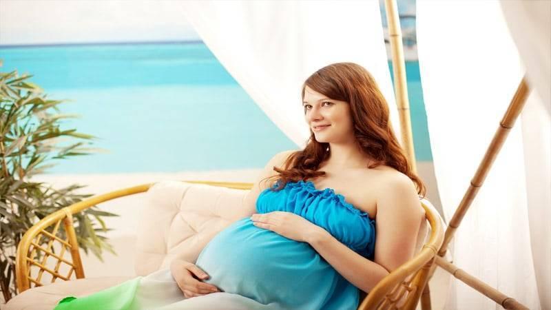 Небо, самолет, беременная…