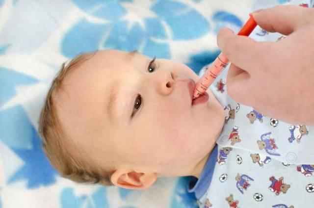 Можно ли при прорезывании зубов мазать десна нурофеном?