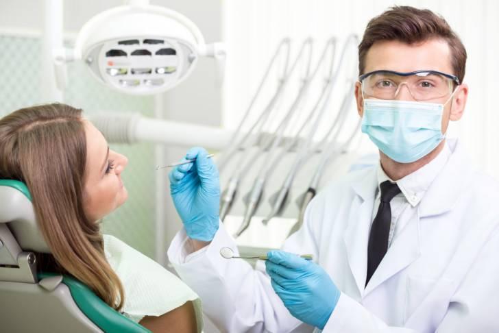 Болит зуб при беременности: что делать, как обезболить, на каком сроке можно лечить?