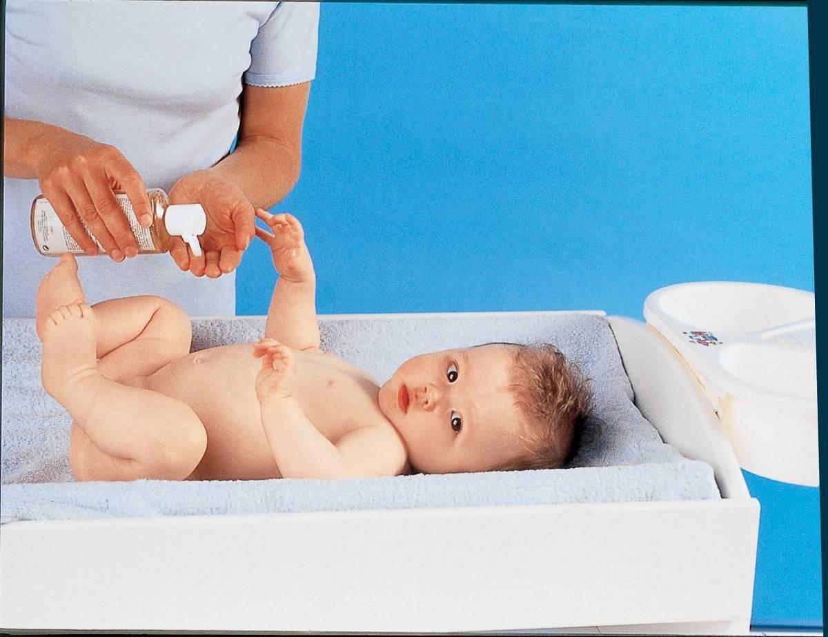 Как ухаживать за новорожденным в первые дни жизни