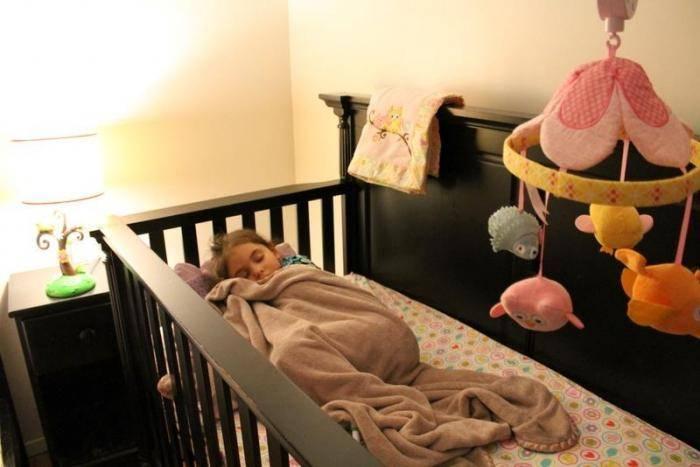 Отучить ребенка спать с родителями: методы для разного возраста