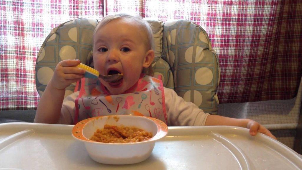 В полтора года ребенок плохо ест