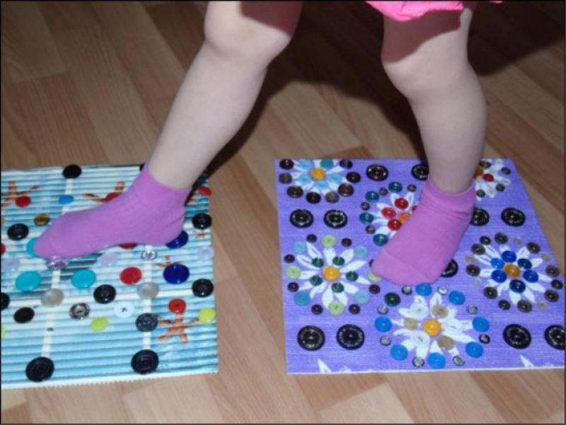 ????в чём польза массажных ковриков для ног