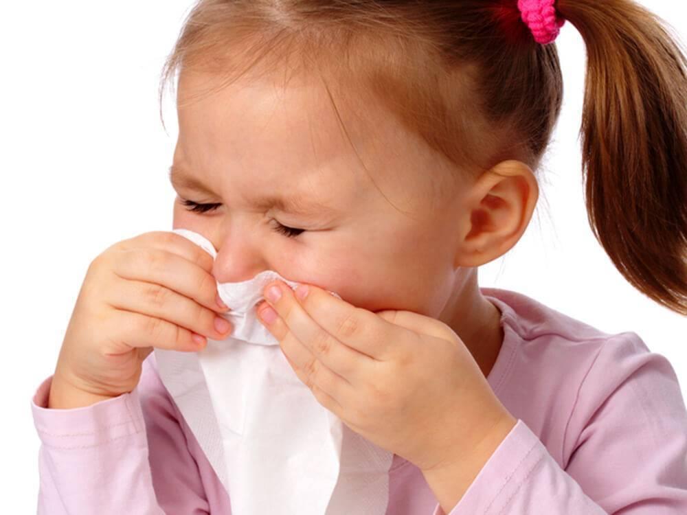 У ребенка не дышит нос, а соплей нет: что делать, чем лечить?