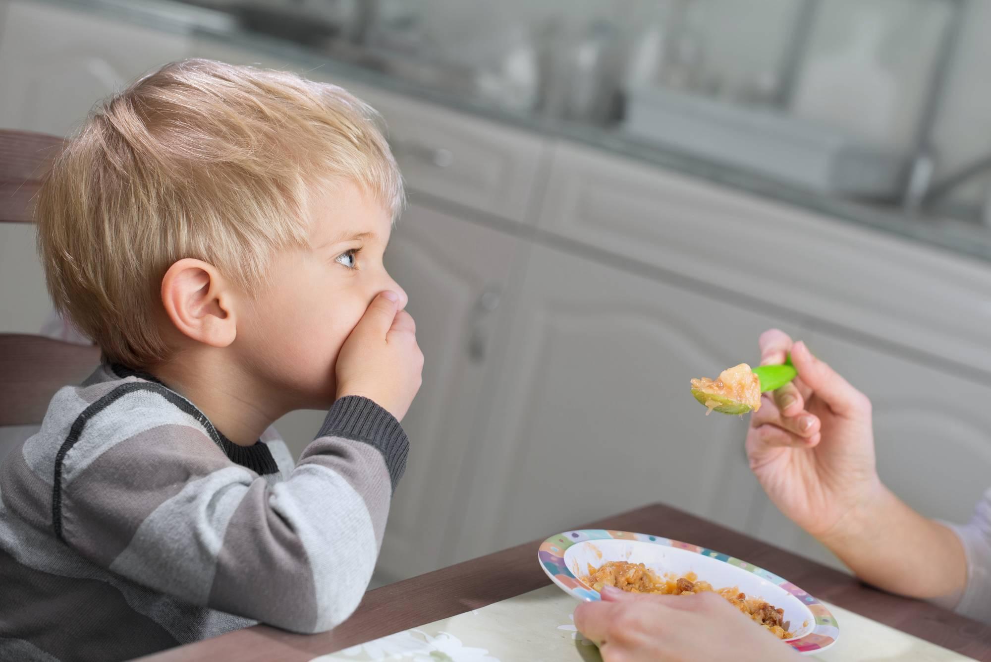 Плохой аппетит у ребенка, ребенок отказывается от еды, не ест прикорм – что делать?