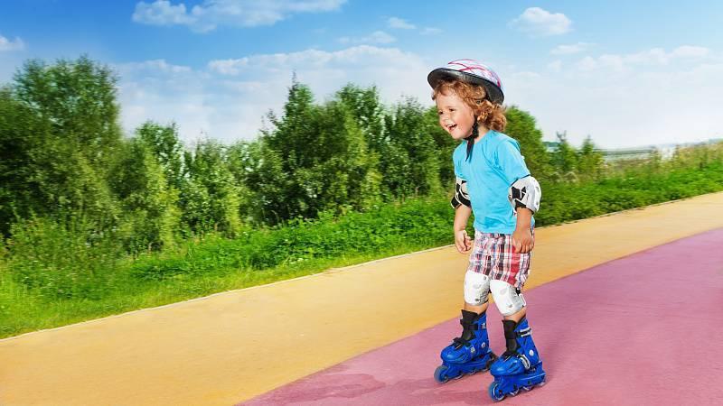 Как научить ребенка 3-6 лет кататься на роликах: основы обучения и рекомендации к занятиям