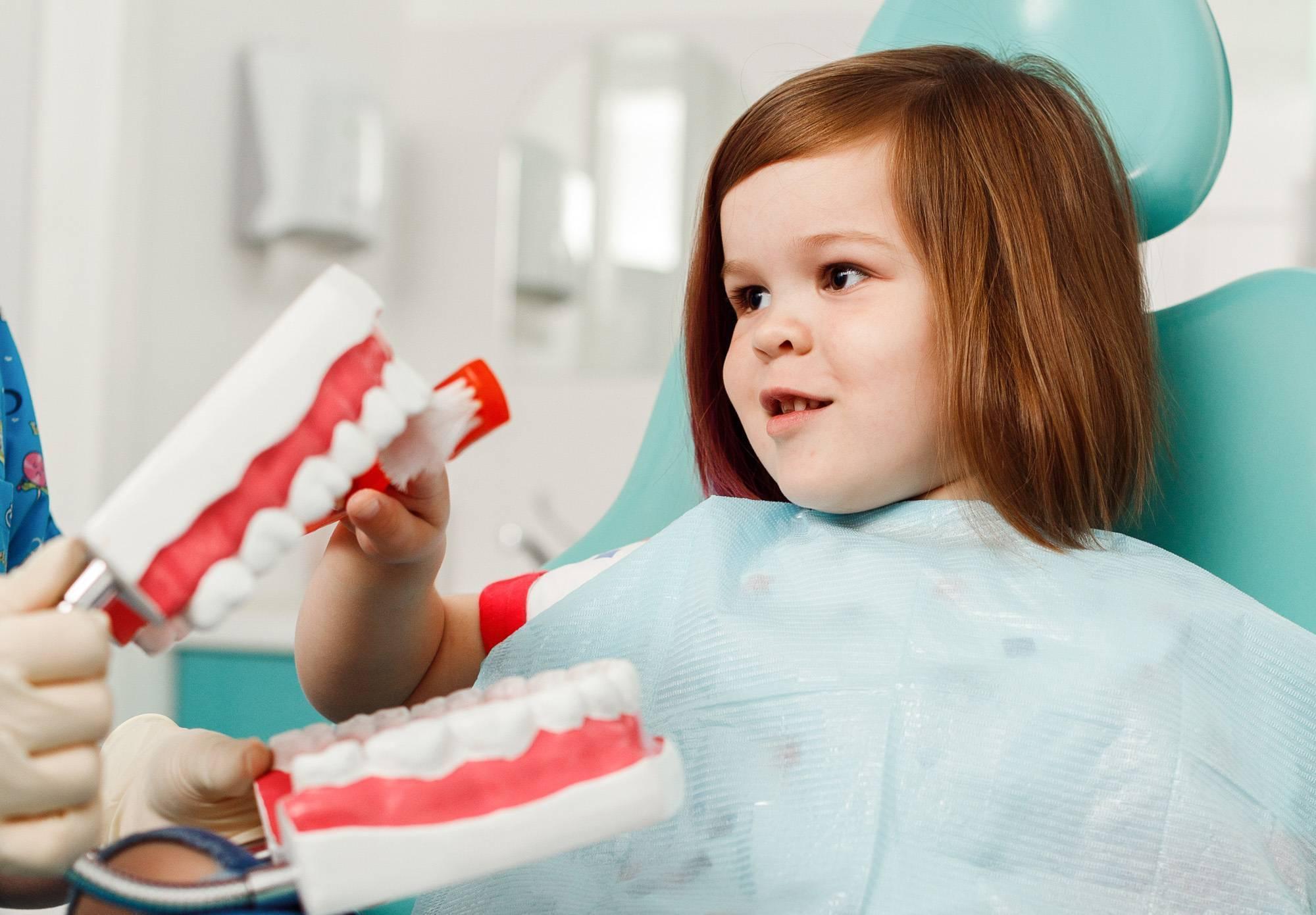 Кариес у детей: причины появления, особенности болезни, методы лечения