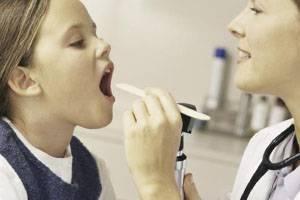Сколько длится и как лечить герпесную ангину у детей: причины, симптомы и последствия болезни, лечение медикаментами и народными средствами
