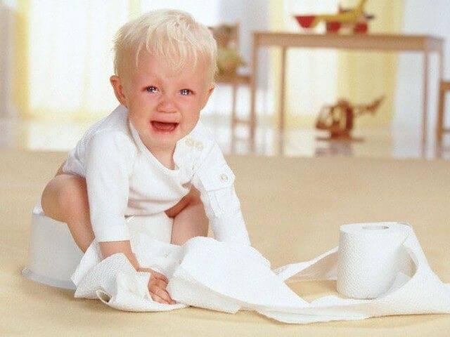 Что делать при запорах у детей? 8 вопросов и памятка для родителей. запоры у детей