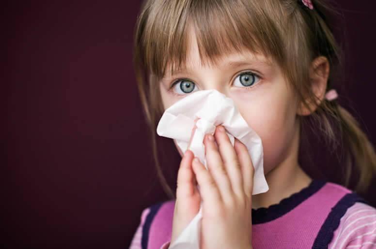 Аллергия у младенцев: что делать в случаях, когда виновата - не еда?